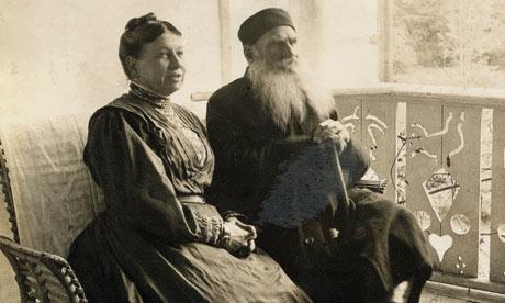 لئو تولستوی و همسرش سوفیا
