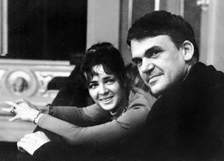 میلان کوندار و همسرش ورا